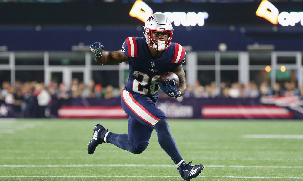 Bill Belichick says James White 'asks questions like a coach'