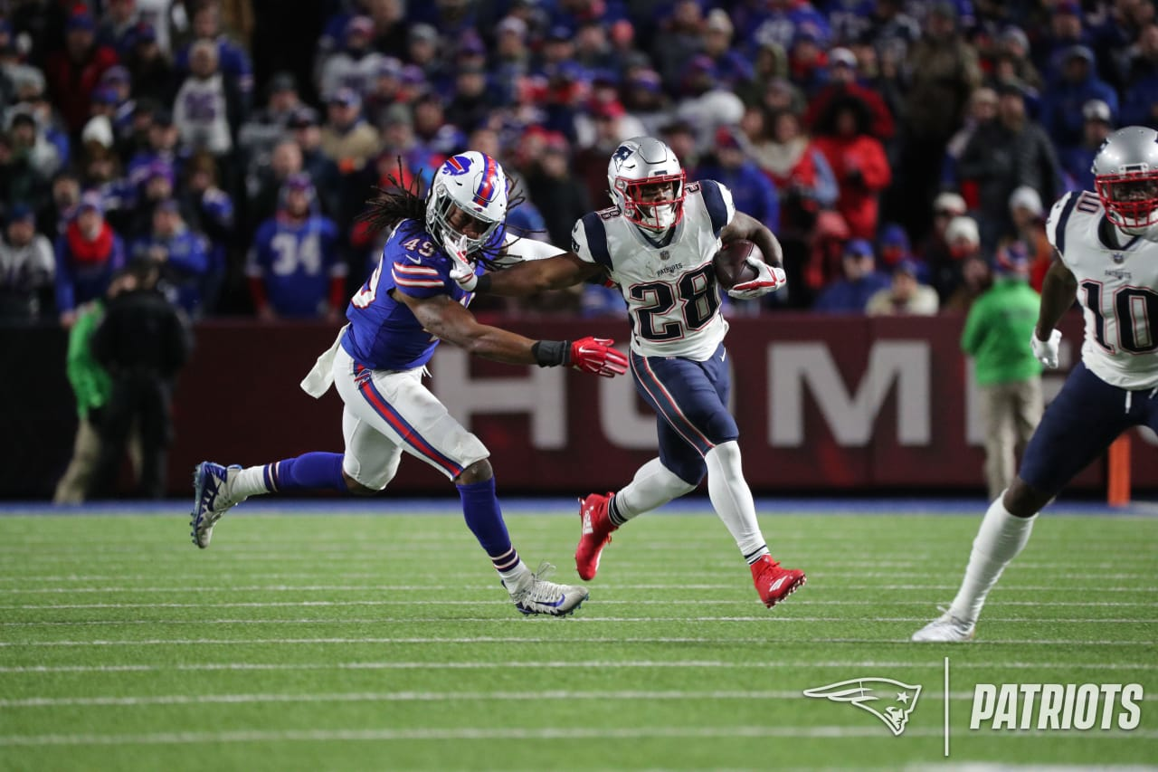 Patriots Midseason Awards, Superlatives: James White A Big Winner
